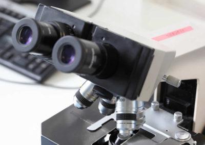 Ein Mikroskop